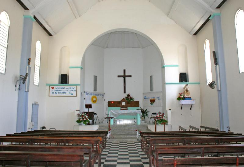 Church of Vieux-Bourg, Morne-à-l'Eau. Nave and choir