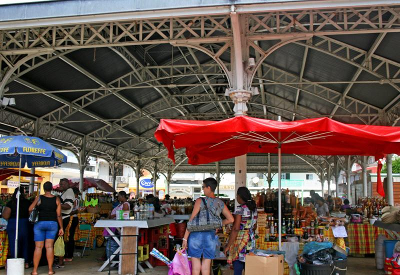 Pointe-à-Pitre, the Central Market. Under a beautiful metal structure of the nineteenth