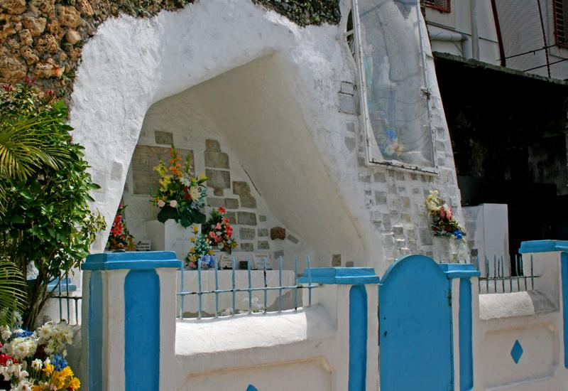 Church of Our Lady of Lourdes Massabielle: the cave