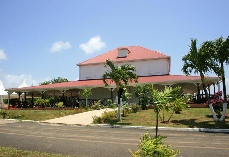 Wonche colonial house baie mahault guadeloupe tourism - Plan de maison coloniale ...