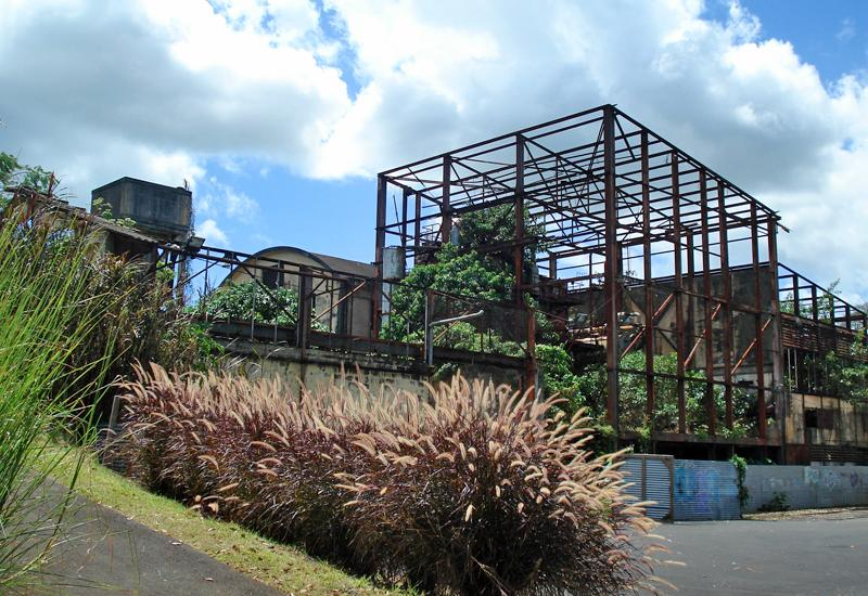 Baie-Mahault (Guadeloupe), former power station. Structure of the old factory