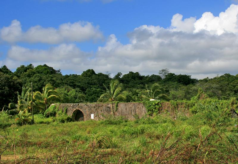 Goyave (Guadeloupe). The old aqueduct La Rose Plantation