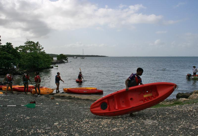 Nautical base of the city of Goyave: practice of kayaking