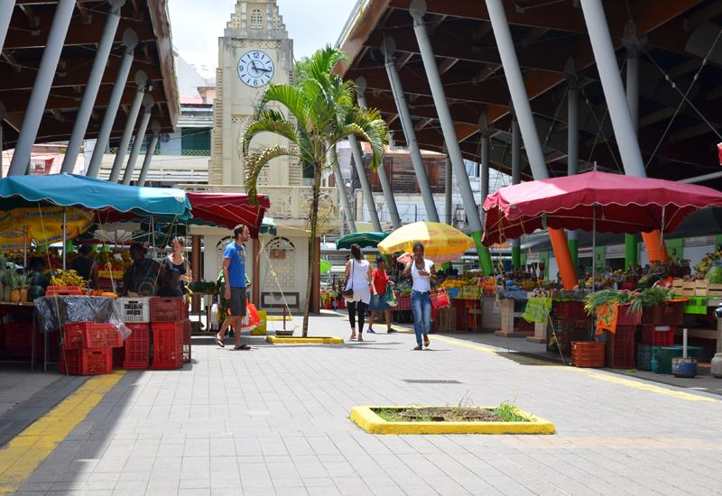 Central Market - Basse-Terre: meeting place, colors, flavors, friendly atmosphere