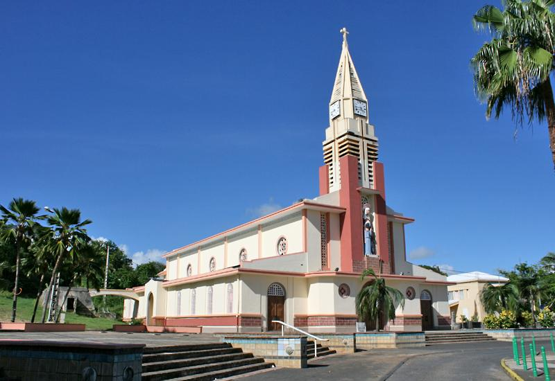 St. Anne's Church, Guadeloupe. Rigorous symmetry of Ali Tur style