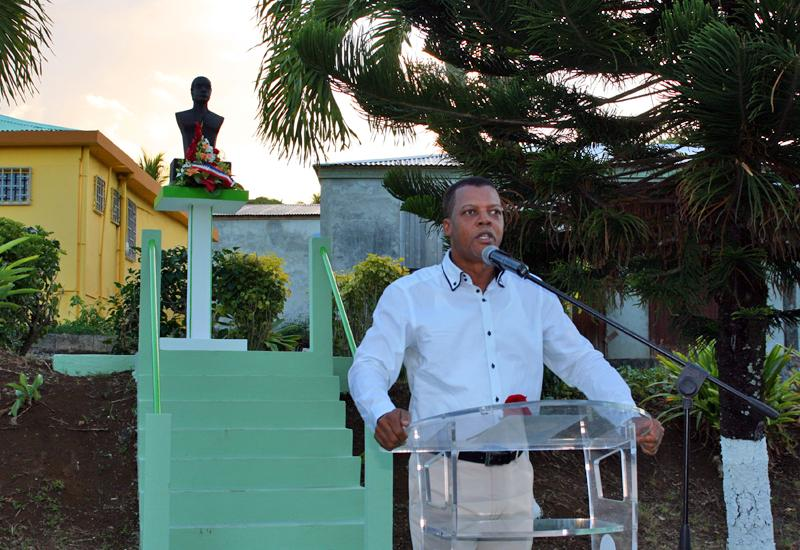 Ferdy Louisy, Mayor of Goyave, pays tribute to Jean Louis