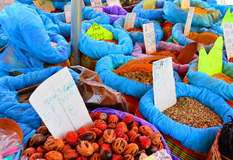 Local market - Sainte-Anne: spices with multiple flavors