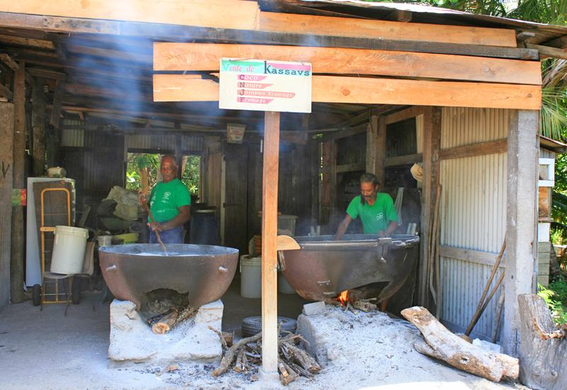 Deshaies, Manioc Factory, the two griddles are in action